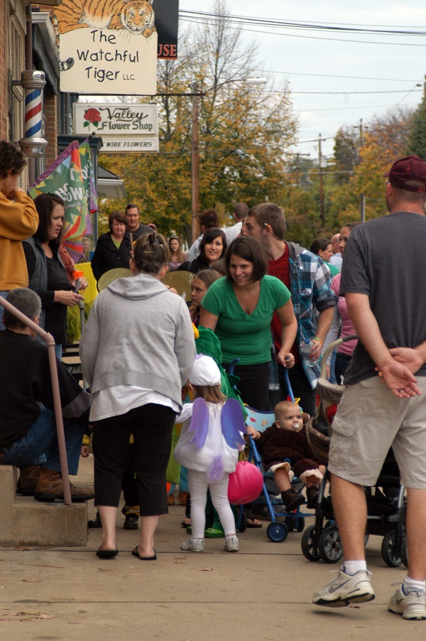 Trick or treating crowd scene